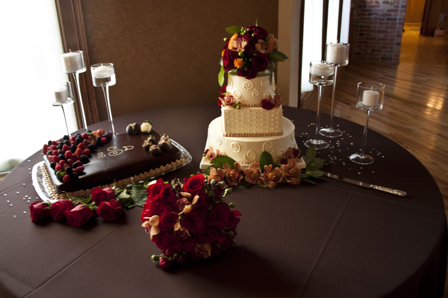 Chocolate cake table