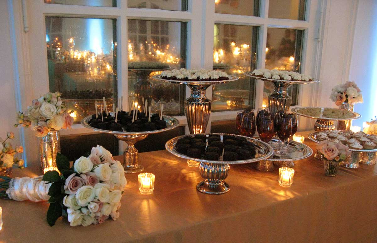wedding-dessert-display
