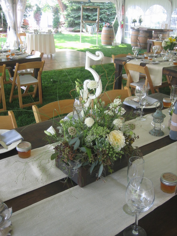 backyard wedding reception, northern colorado, Palmer Flowers