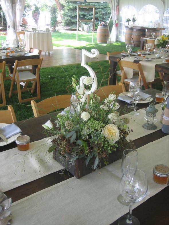 backyard wedding reception, northern colorado, Palmer Flowers