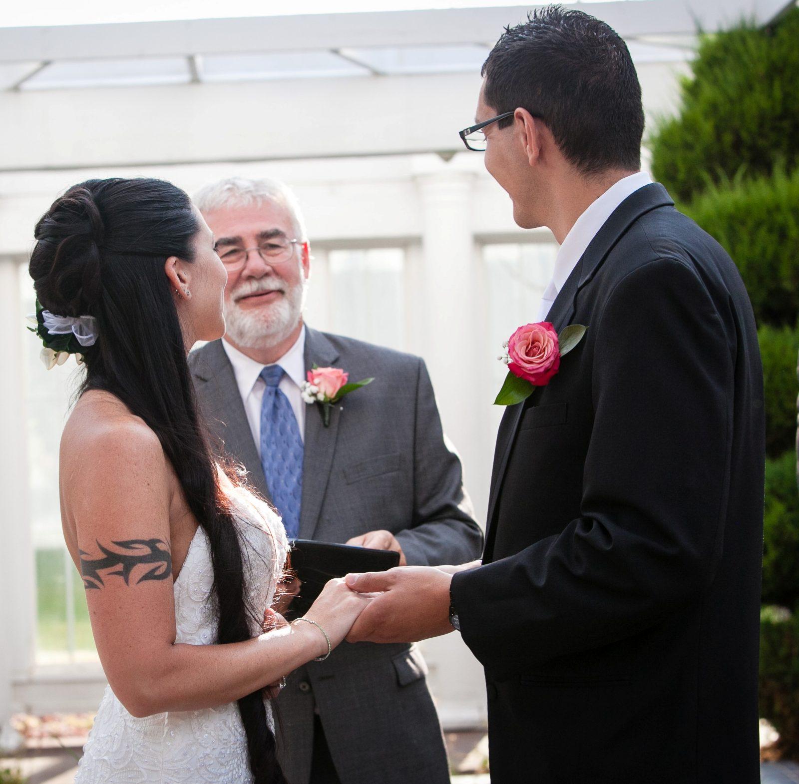 wedding officiant, wedding ceremony